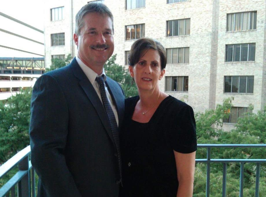 Hello, We're Thomas & Kathy Hegedus
