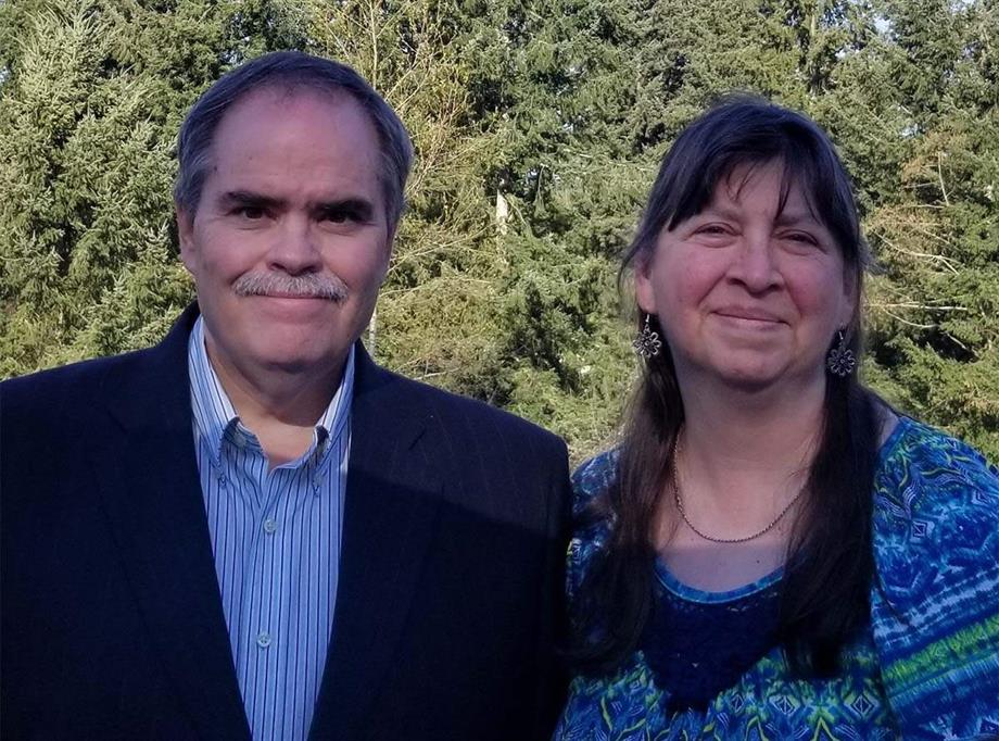 Hi, we are James and Cindy Holston