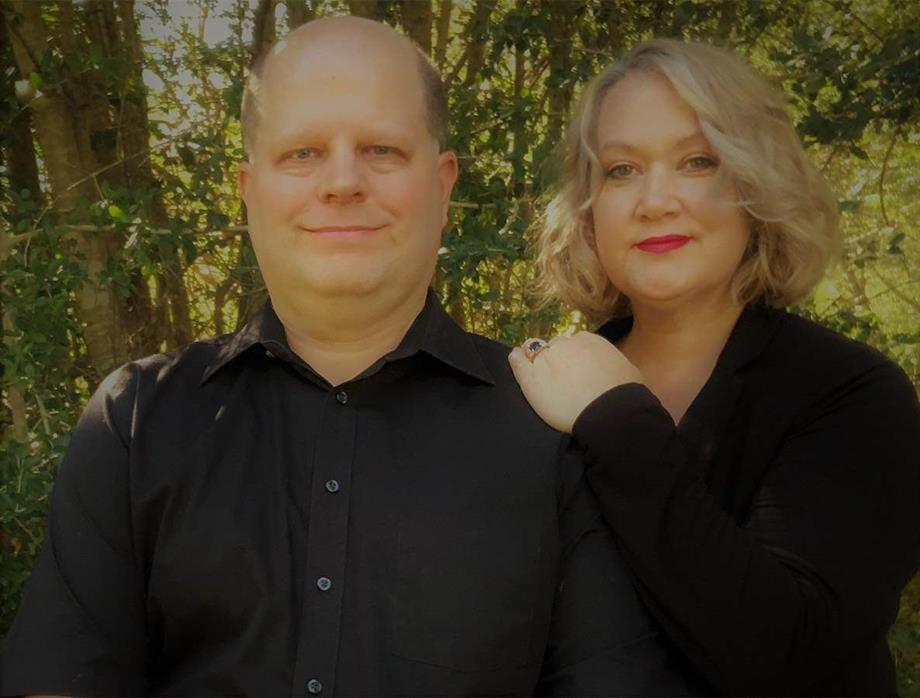 Hi, We are Brent & Pauline Veazey